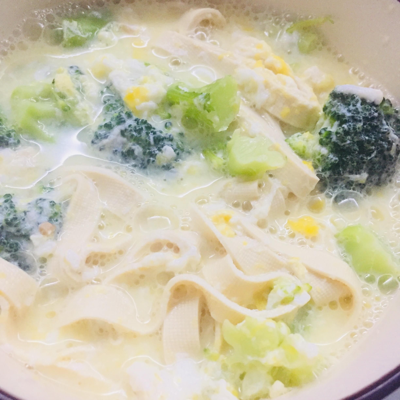 tofu noodles with soup